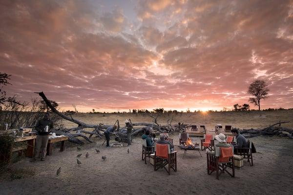 Somalisa-Expeditions,-Hwange-National-Park,-Zimbabwe-Main-Area-At-Sundown-Luxury-Safari-Lodge-African-Bush-Camps-1